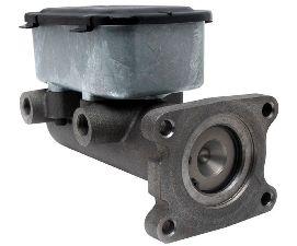 1980 International S1823 Brake Master Cylinder Raybestos