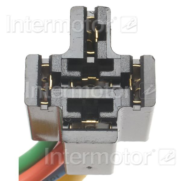 Standard Ignition Fuel Pump Relay Connector
